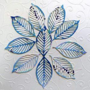 Ажурные голубые листья для скрапбукинга.