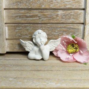 Ангел мечтающий гипсовый, 5*3,5 см.