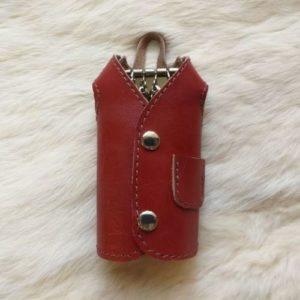 Ключница-пальто для 4 ключей, красная.