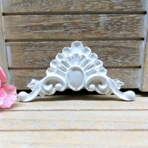 Декор из гипса, 8,5*4,3 см.